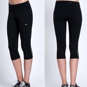 Nike Pants - Nike epic lux tight fit crop tight legging