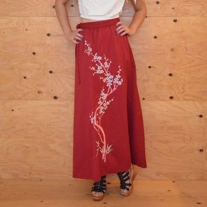 Vintage Asian Embroidered Maroon Wrap Skirt SZ M