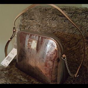 e54544864482 Michael Kors Bags - NWT Michael Kors Cindy Nickel Lg Dome Crossbody