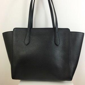 61988e04726 Gucci Bags - Gucci Swing Small Leather Tote