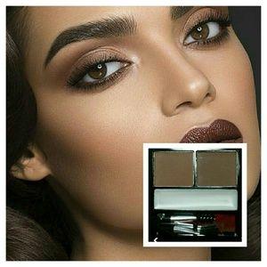 Eyebrow Palette 4 brunettes w/setting wax NEW