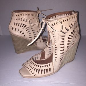Jeffrey Campbell Rodillo-Hi Wedge Sandal sz 10