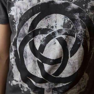 Urban Outfitters Shirts - HP Unisex Gray Graphic Tshirt Celtic Circle Grunge
