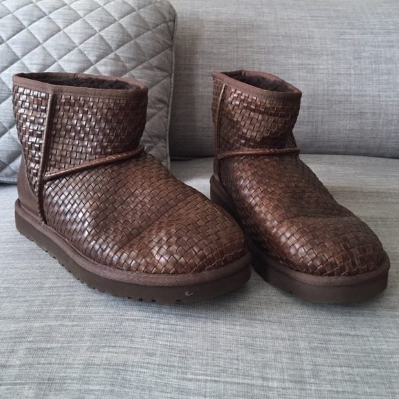 55 ugg shoes womens size 9 leather uggs from