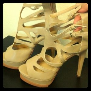 """Sophia & Lee Shoes - !!!Strappy sexy 5"""" , never worn"""