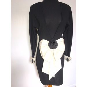CHANEL Dresses - Beautiful vintage Andrea Jovine Dress with Bow