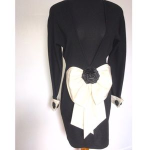 CHANEL Dresses & Skirts - Beautiful vintage Andrea Jovine Dress with Bow