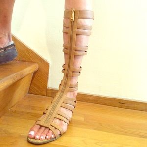 Shoes - Nude gladiator sandals