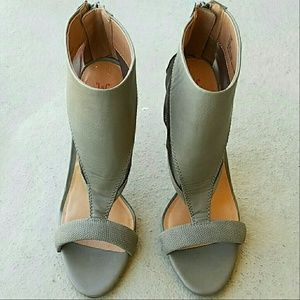 Brand New Just Fab Shoes