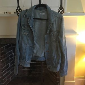 Light wash GAP jean jacket