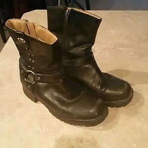 Harley-Davidson Shoes - Great used Harley Davidson boots