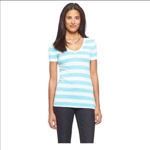 Striped V-neck t shirt