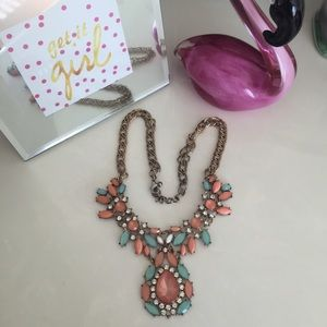 ⛔️🌟Pastel Statement Necklace!🌟⛔️
