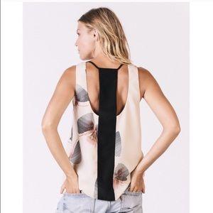 Karen Zambos Tops - Incredible designer tank top!