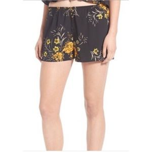 Topshop Pants - Topshop Floral Shorts - Band of Gypsies