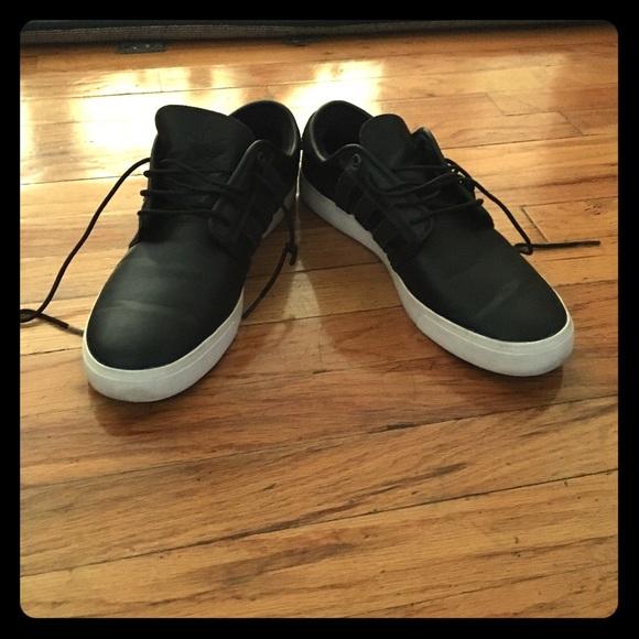 adidas scarpe taglia 12 nero mens poshmark