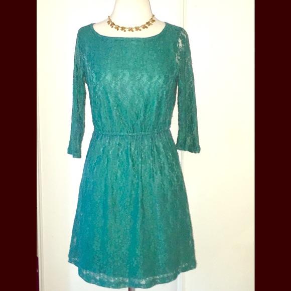 BeBop Dresses & Skirts - Easy Lace Dress
