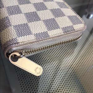Louis Vuitton Bags - Louis Vuitton Zippy Wallet Damien Azul