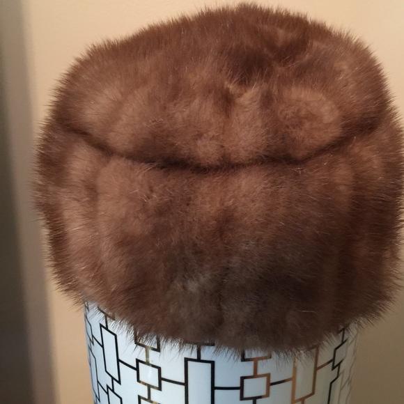 Accessories - Vintage Mink fur hat 13e399c7dbf