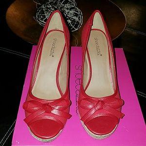 Shoedazzle Shoes - Canvas Peep-toe espadrille platform wedges