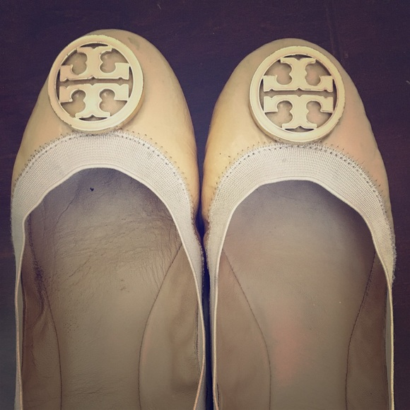 Tory Burch Shoes - Tory Burch Caroline Ballet Flats