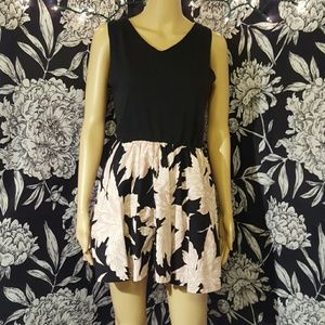Vintage Dresses & Skirts - Vintage 80s/90s skater dress