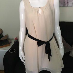 Isis Dresses & Skirts - NWOT ISIS Dress