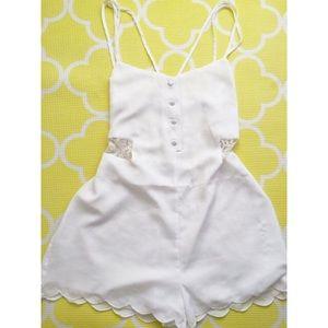 Tobi Pants - 🎉 SALE 🎉 Tobi White Romper SMALL NWOT