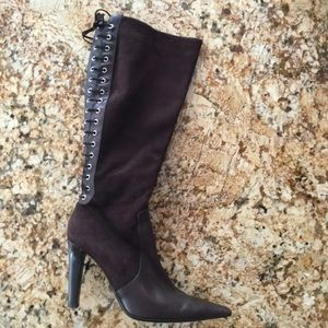 Valentino Shoes - Valentino brown suede boots