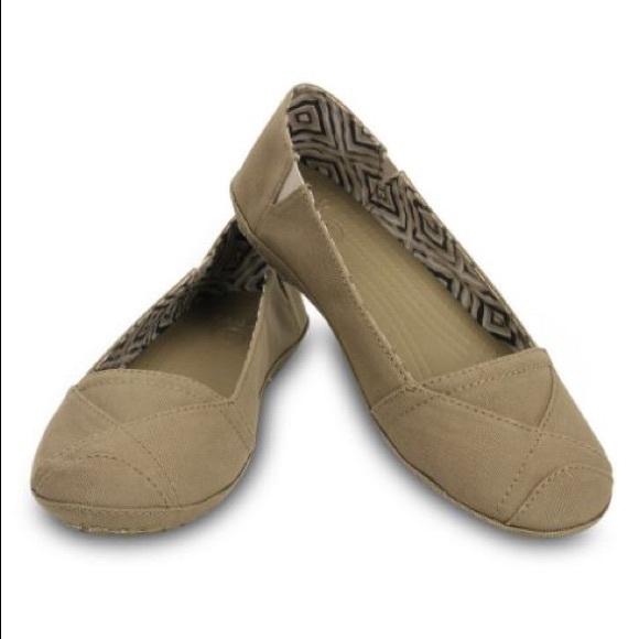 cheapest sale factory pretty cool Crocs khaki tan Angeline flat sz 10