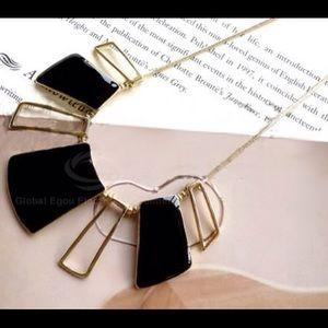 Jewelry - Openwork Square Shape Necklace