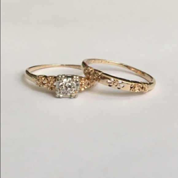14K Gold 1920s Vintage Diamond Wedding Ring Set