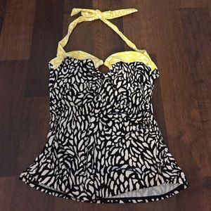 24th & Ocean Other - Swimwear bathing suit top bikini tankini animal