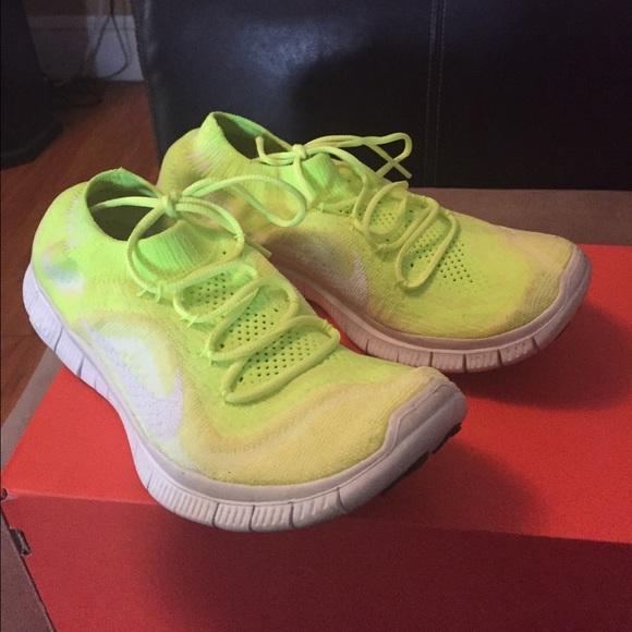 7508576e098e Nike Shoes - Nike free 5.0 slip on running sneakers shoes 8