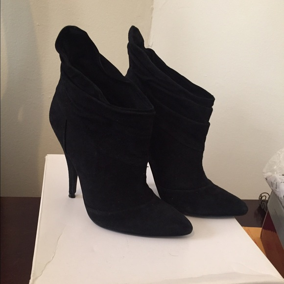 Aldo Shoes - Black Suede Ankle Booties