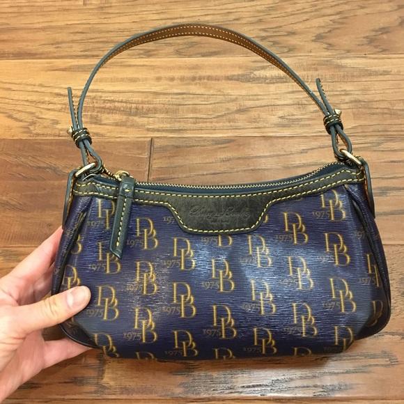 Dooney   Bourke Handbags - Dooney   Bourke 1975 Signature bag 31caafd179925