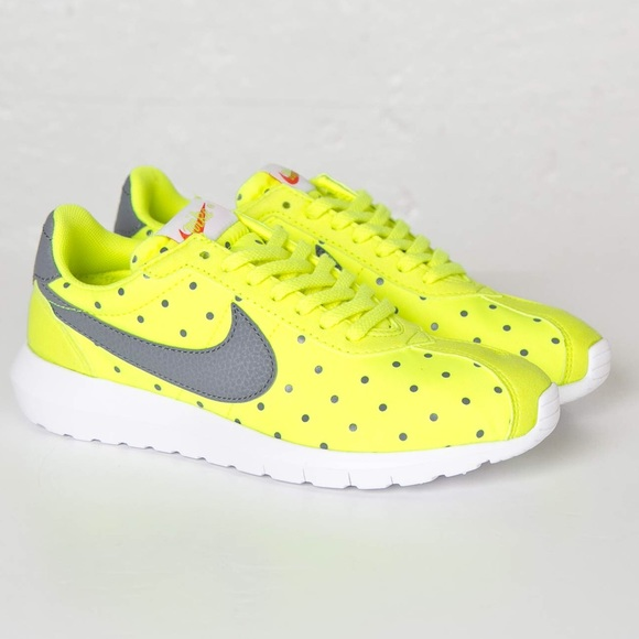 cheap for discount d14a4 06896 🆕NEW Nike Roshe LD 1000 volt print