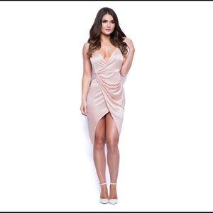 Boohoo Dresses & Skirts - satin pink dress