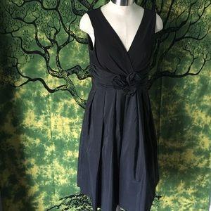 Jessica Howard Dresses & Skirts - Black cocktail dress.
