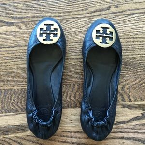Tory Burch flats black