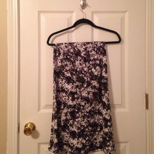 Black and white floral print maxi skirt