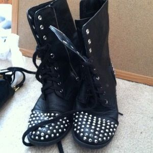 Shoes - Black studded combat boots