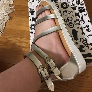 Bamboo silver faux leather sandals.
