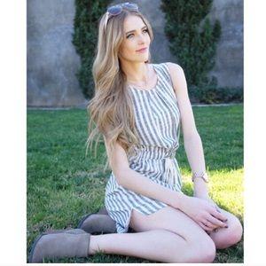 Relished Dresses & Skirts - 🎉✨HP✨🎉Grey striped dress