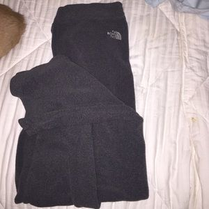 SUPER SOFT NORTH FACE SWEATPANTS