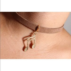 Jewelry - Tan suede choker with golden pendant