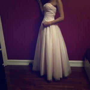 Costume National Dresses & Skirts - Size 3/4 Light Pretty Pink Cupcake Prom Ball Dress