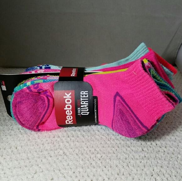 REEBOK  nwt  8 pairs Quarter Performance Socks d9c49fbedd