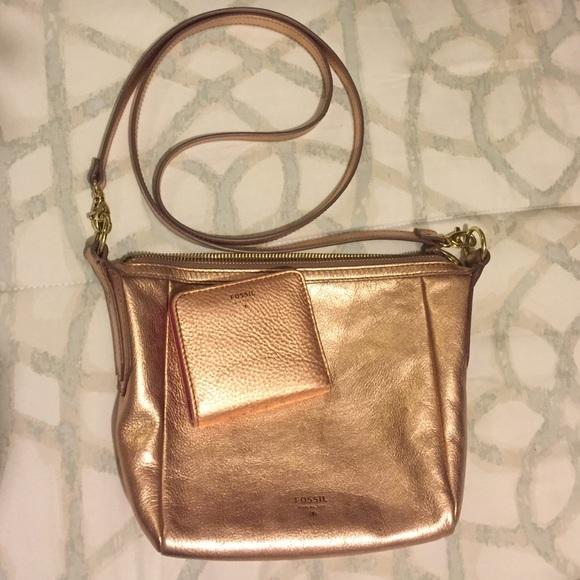 Fossil Handbags - Rose Gold Fossil Crossbody purse   wallet set 06b072be0c