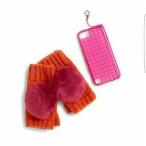 Juicy Couture Other - 🎉NWT🎉Juicy Couture fingerless mitten/ipod case